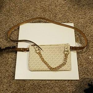 NWT, Michael Kors Belt Bag Xl